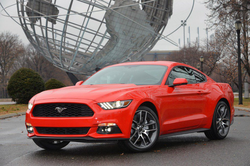 Ford Mustang 2015, World's Fair Site, frontal 1/2
