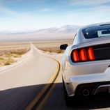 Ford Mustang GT 5.0 V8 010