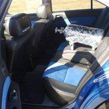 Nissan Maxima: Parte trasera