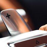 Bugatti Chiron - leva