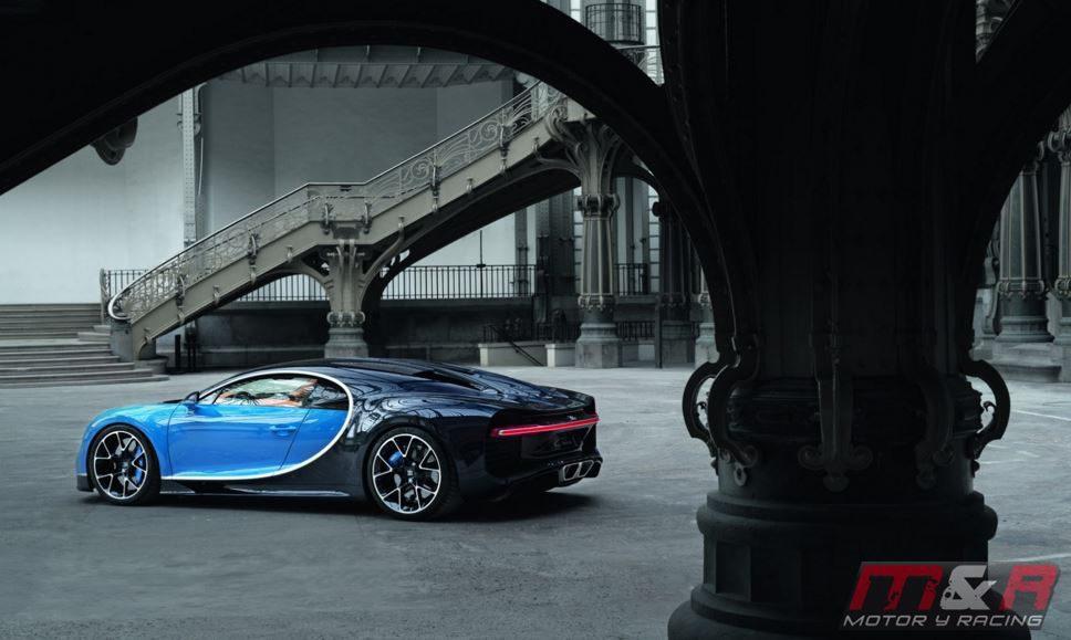 Bugatti Chiron - bicolor