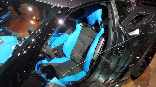 Corvette grand sport - asientos azules