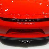 Porsche 718 Boxster - directo emblema