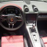 Porsche 718 Boxster - interior bicolor