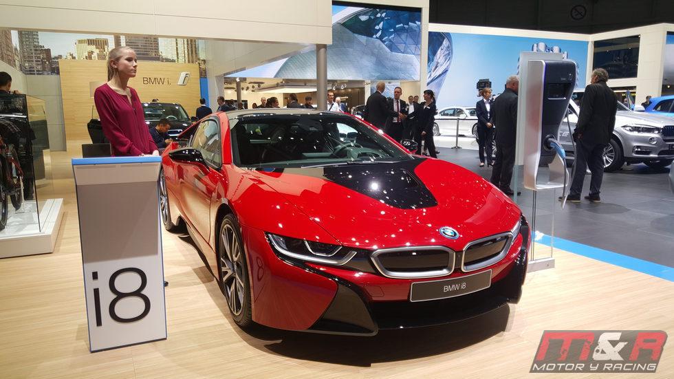 BMW i8 - rojo
