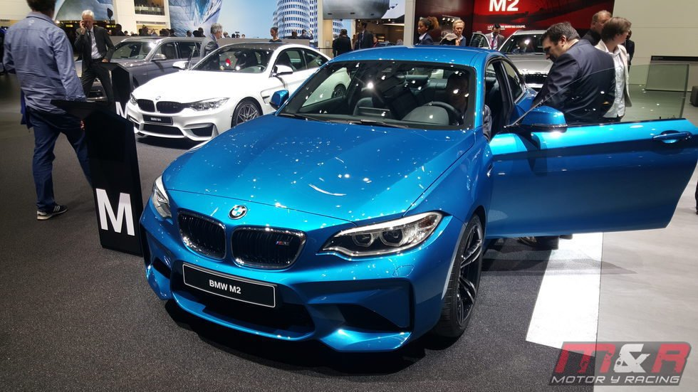 bmw m2 - azul
