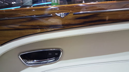Bentley Mulsanne - madera