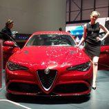 Alfa Romeo Giulia - capo rojo