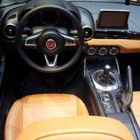 FIAT 124 Spyder - volante