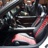 Abarth 124 Spyder - asientos cuero