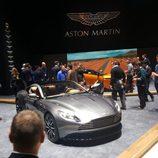 Aston martin db11 - frontal