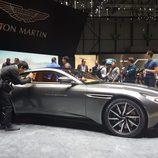 Aston martin db11 - puertas