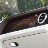 Bentley Bentayga Firs Edition 2016 - madera