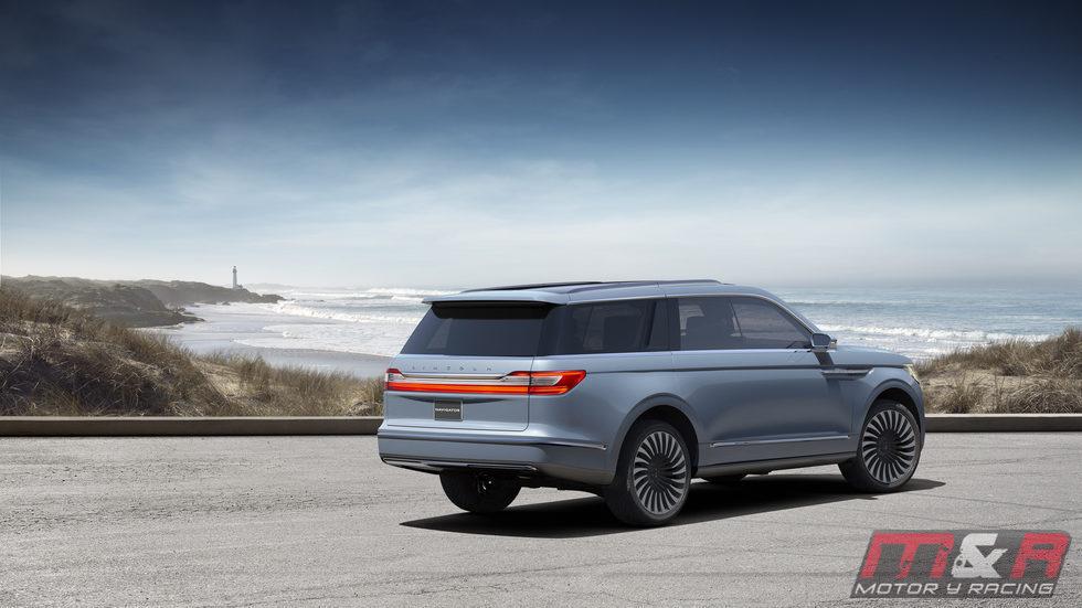 Lincoln Navigator Concept 2016 - back
