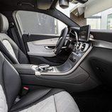 Mercedes-Benz GLC Coupé 2016 - interior