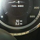 Porsche 918 Spyder accidente - cuentakilómetros