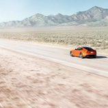 Jaguar F-Type SVR Coupe - desierto