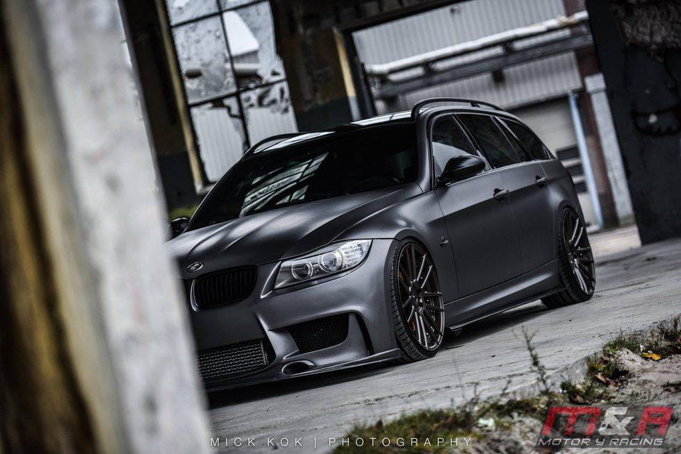 BMW 335i Touring by JB4 - muro