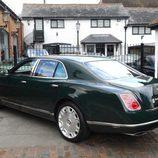 Bentley Mulsanne Reina de Inglaterra 2016 - zaga