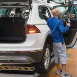 Volkswagen Tiguan 2016 Fabricación - moqueta
