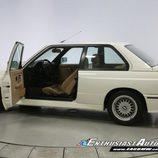 BMW M3 E30 1991 -  side open
