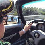 Elisa Artioli conduciendo