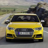 Audi A3 2016 - amarillo