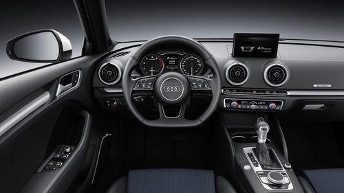 Audi S3 2016 - molduras