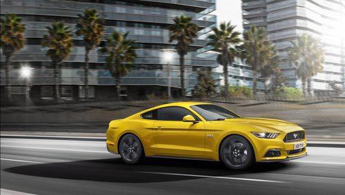 Ford Mustang 2016 - parabrisas