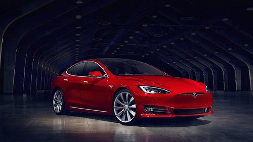 Tesla Model S 2017 - cristales