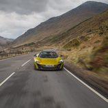 McLaren 675LT Spider 2016 - asfalto