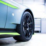 Aston Martin GT8 - llantas