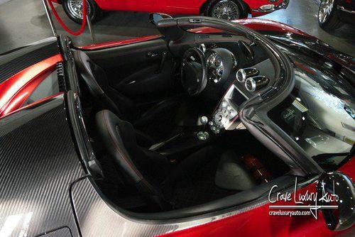 Habitáculo negro del Koenigsegg CCX