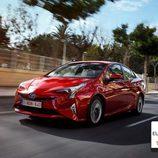 Unidad de color rojo del Toyota Prius 4G