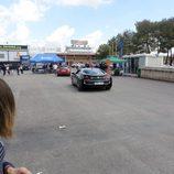Llegada de un BMW i8 al circuito