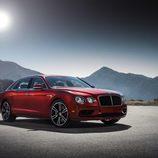 Bentley Flying Spur de color rojo