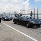 Ferrari F12 y 488 GTB a la espera