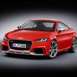 Unidad de color rojo del TT RS Coupe 2016