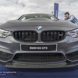 Masivo frontal del BMW M4 GTS