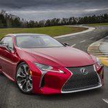 Trasera ancha del nuevo Lexus LC 2016