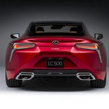 Escapes cromados del Lexus LC 2016