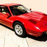 El Ferrari 308 tiene una afilada delantera