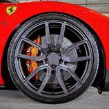Llantas del Ferrari 488 de Vos Perfomance