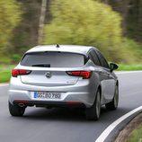 Luces traseras del nuevo Astra 2016 turbodiesel