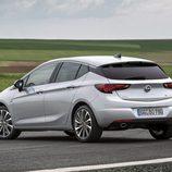 Escape de la versión Biturbo del Opel Astra