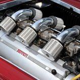 Motor gasolina del Ferrari America Barchetta