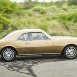 Lateral derecho del Chevy de 1966