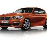 Carrocería naranja del BMW M140i 2016