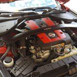 Barra sobre el motor del Nissan 370Z