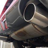 Escapes cromados de Nismo en el 370Z de Nissan